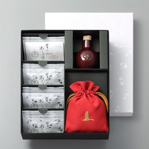 料亭の粉しょうゆギフト2g×16袋(陶器・赤巾着)