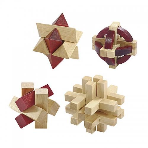 大人の木製パズル4点