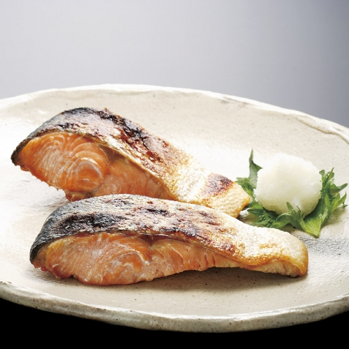 北海道産新巻鮭4切
