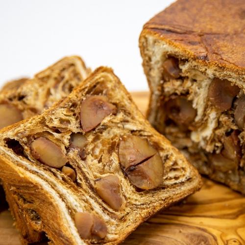 溢れる栗のクロワッサン食パン