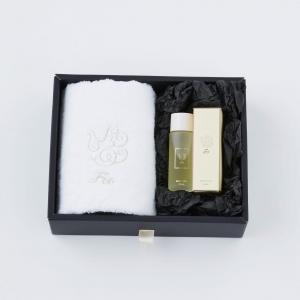 【Foo Tokyo】 オーガニックコットン フェイスタオル & プレミアムバスオイル1本 ギフトセット ホワイト