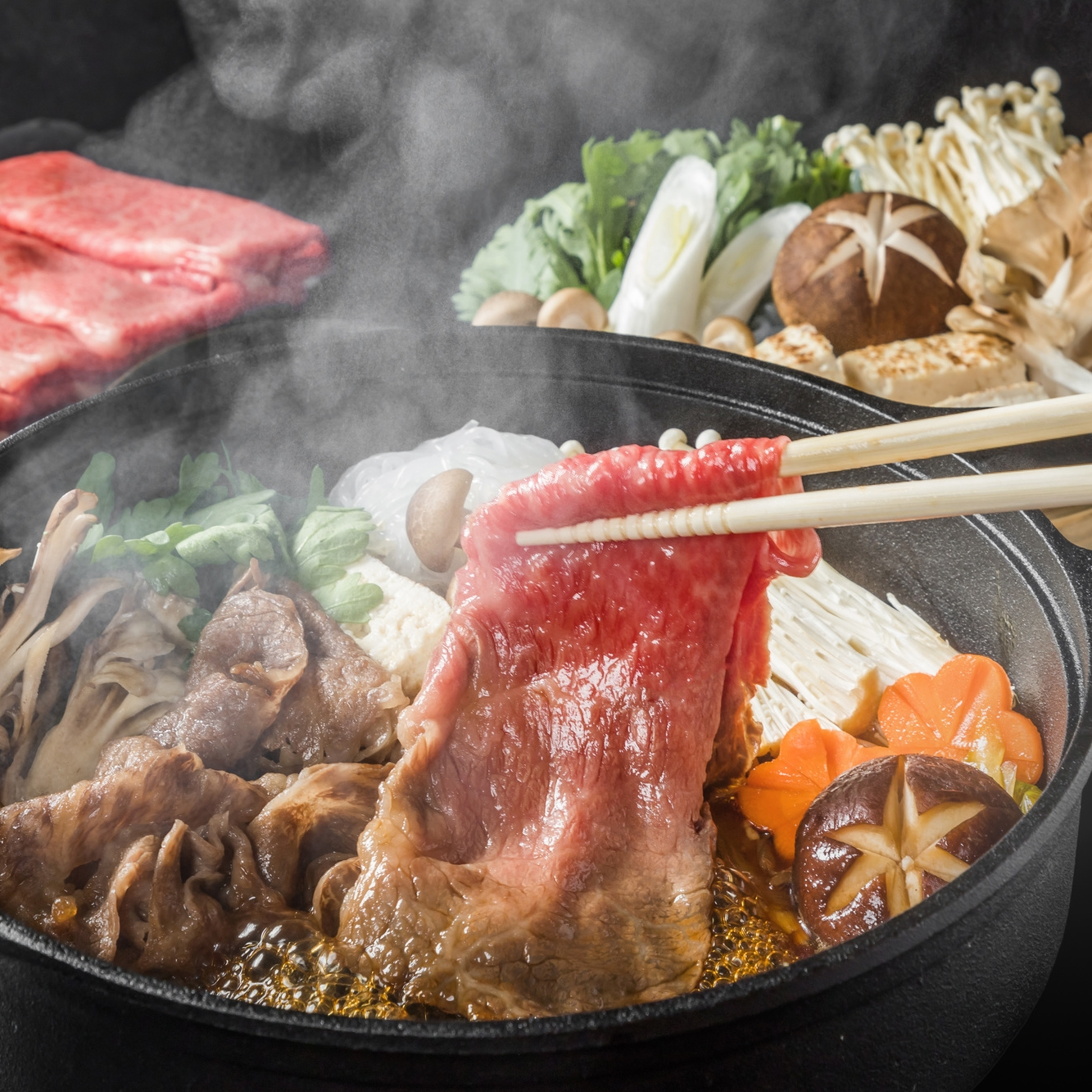総合優勝銘柄牛(宮崎牛・鹿児島黒牛)食べ比べすき焼き 400g(各200g)(4等級以上)