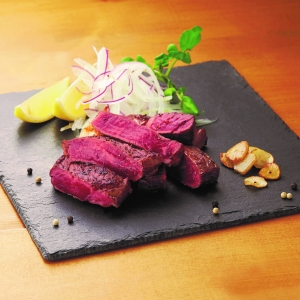 〈Meats by Linz〉ブラックアンガス牛サーロイン