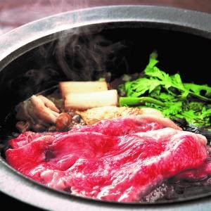 〈モリタ屋〉京都産黒毛和牛のステーキ・すきやき