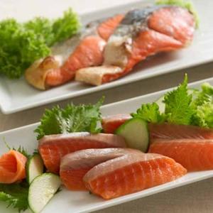 福井丸和 サーモンと紅鮭の詰合せ