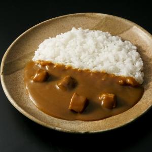 「なすび亭」吉岡英尋 監修 和風だしの豚角煮カレー